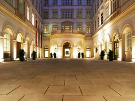 Palais Niederösterreich Innenhof