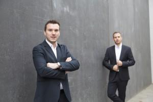 v.l.n.r. Das Team hinter meinelocation.at: Geschäftsführer Dominik Scherz, Lukas Hasenauer Bildnachweis: © Hannes Polt / meinelocation.at
