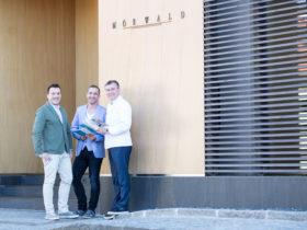 meinelocation.at SeminarGuide mit Dominik Scherz (Herausgeber meinelocation.at SeminarGuide), Lukas Hasenauer (Grüner von meinelocation.at) und Haubenkoch Toni Mörwald