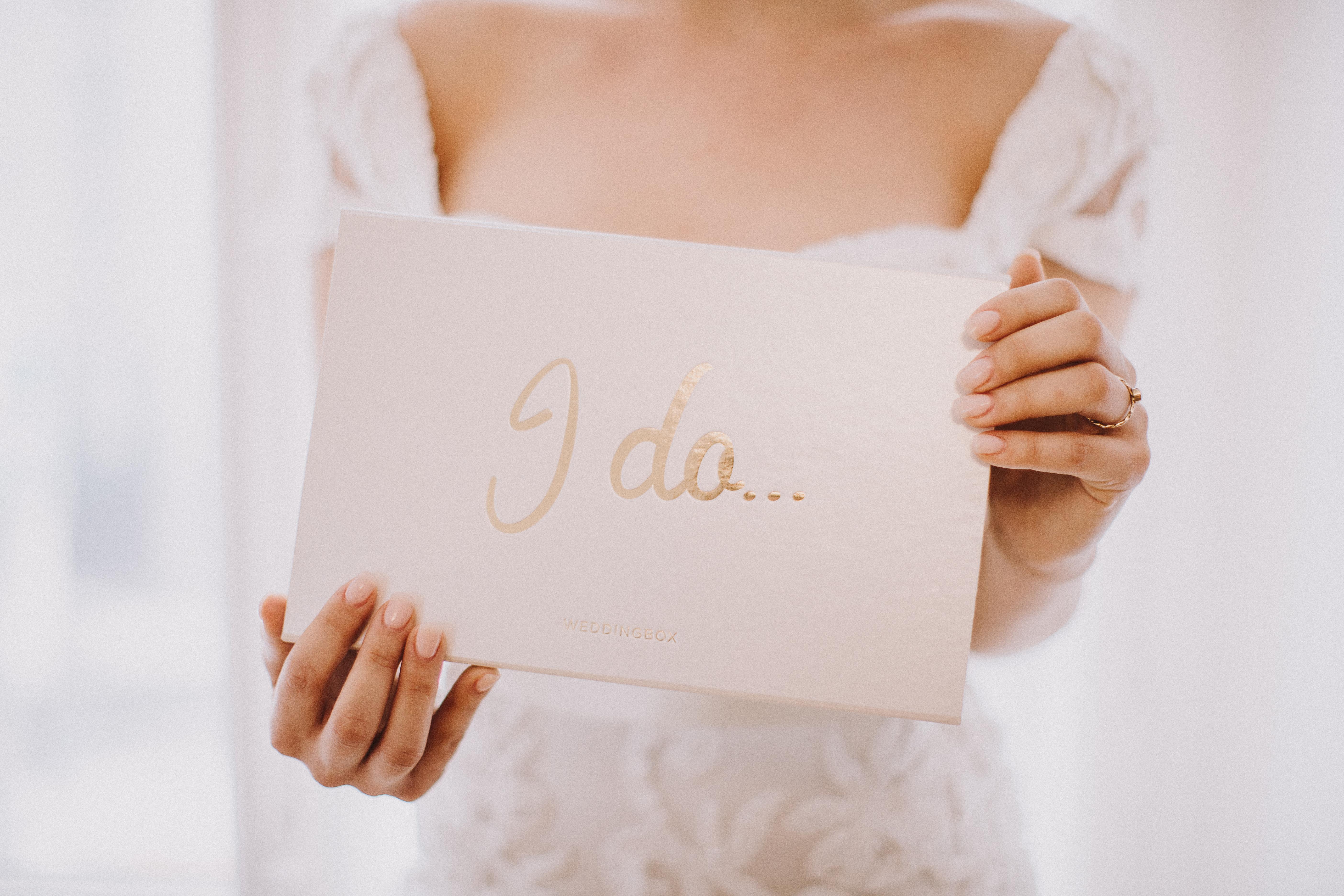 Copyright: Wedding Box