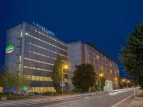 Aussenansicht nachts (c) Haberland Werbefotografie