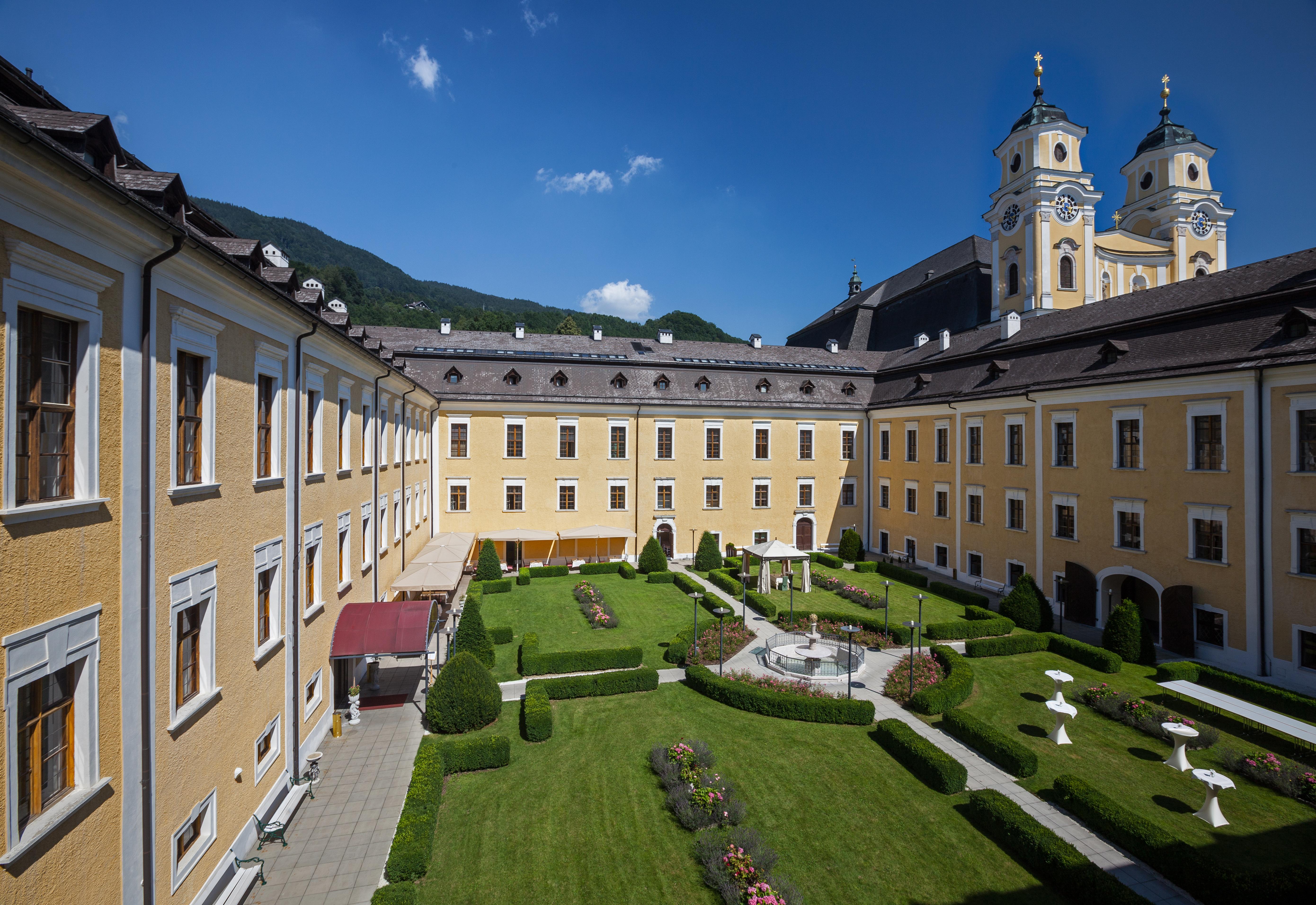 Schloss Mondsee Hausansicht