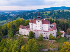 Schloss_ Weinberg_von_Sueden (c) Schloss Weinberg | Alexander Schneider
