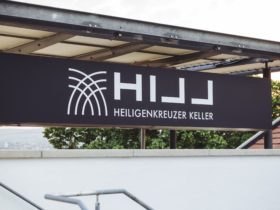 Hillinger Heiligenkreuzerkeller Außen