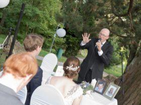 Hochzeitssprecher