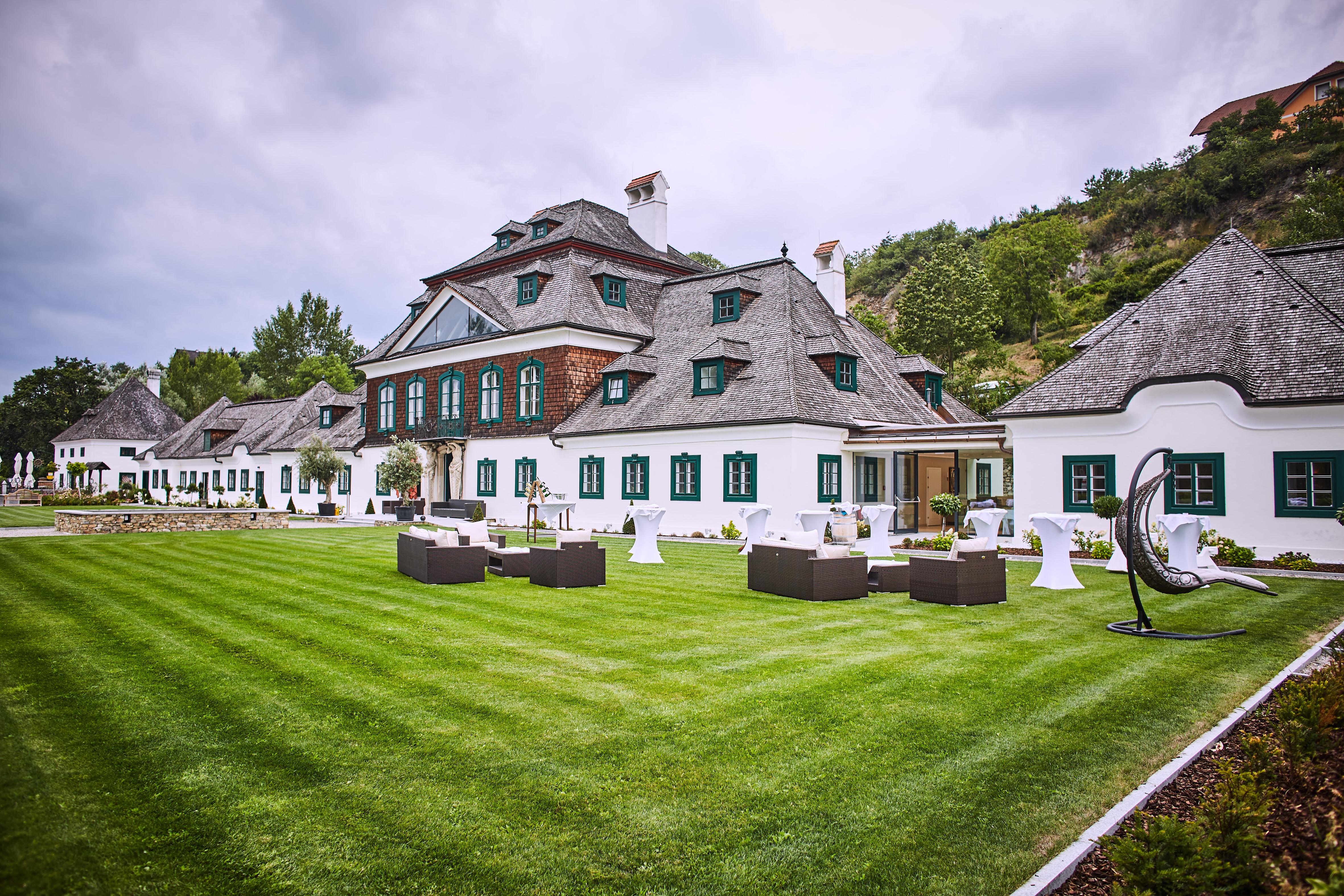 Neueroffnung Hochzeitsglocken Lauten Nun Im Schloss Luberegg Melk