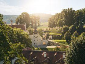 © Schloss Thalheim